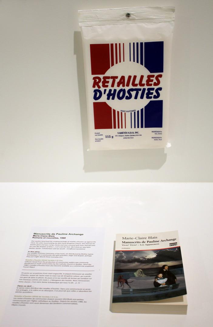 Retailles d'hosties accompagnent le roman « Manuscrits de Pauline Archange » de Marie-Claire Blais