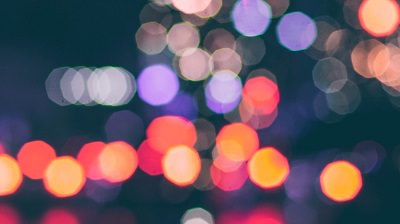 Lumières brillantes - Bannière pour l'engagement International