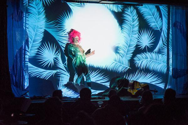 SEROCENE (Jordan Arseneault & Matthew-Robin Nye, 2016, Festival Phénomena, Montréal) performance documentation.